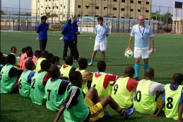 Primeiro treino juvenil AFA