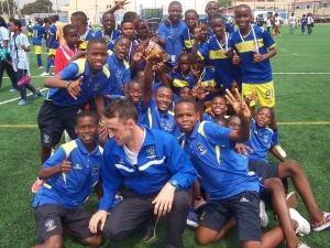 A Academia de Futebol de Angola é um projeto de educação de jovens através do futebol.